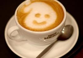 Alta ingesta de cafeína durante el embarazo incide en la talla del bebé