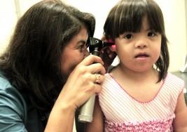 Los derechos del deficiente auditivo se quedan en el papel
