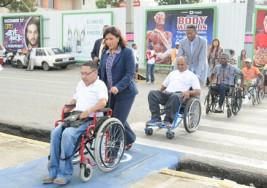 Inauguran nuevas rampas para personas con discapacidad física