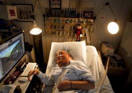 Internado a más de 40 años, paciente con parálisis infantil crea serie animada desde el Hospital