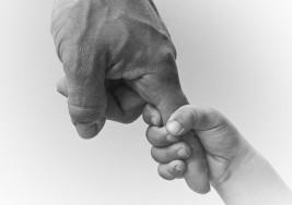 """Confesión de un padre: """"Casi abandono a mi hija con síndrome de Down pero hoy soy una mejor persona"""""""