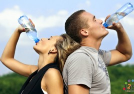 Cuídate por dentro: la importancia de beber agua