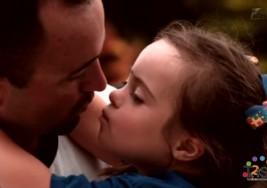 El orgullo de un padre por su hija con síndrome de Down