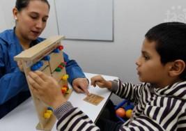 Un absurdo, terapias para niños con autismo saldrían del sistema de salud en Colombia