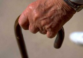 Informa el IMSS cómo detectar posibles casos de esclerosis múltiple