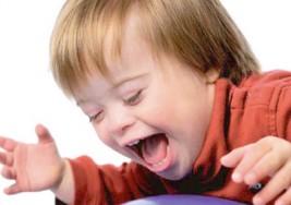 'Síndrome de Down' atiende en Andalucía a cerca de 50 menores con los programas de atención temprana