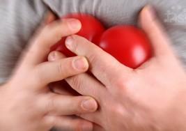 Cómo sobrevivir a un ataque al corazón cuando estás solo