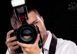 Un fotógrafo con síndrome de Down pone en los detalles su mirada
