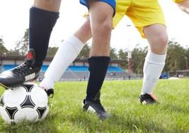 Fútbol solidario para un almanaque