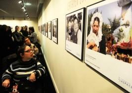 La Fundación Barrié acoge una muestra sobre discapacidad y parálisis cerebral
