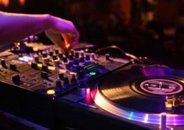 Espacio Vías acoge un festival de música electrónica a favor de EsclerosisMúltiple