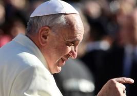 Jóvenes sordos estuvieron en Roma y abrazaron al Papa