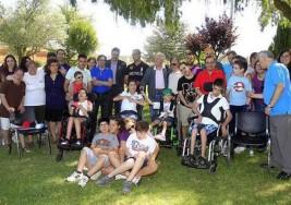 15 niños con parálisis cerebral disfrutan del programa 'Respiro de Verano'