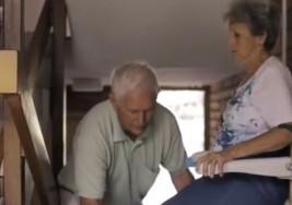 El alzheimer no detiene a este hombre de celebrar su 50 aniversario de matrimonio