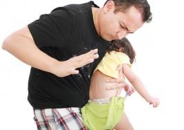 Dar nalgadas como castigo podría afectar el cerebro de los niños