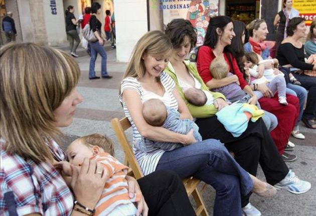 Amamantar a los recién nacidos podría salvar medio millón de vidas