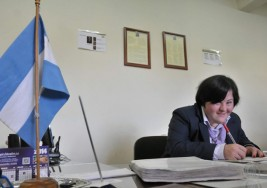 Natalia, con síndrome de Down, trabaja como una más en la Universidad Juan Agustín Maza