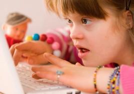 Analizan habilidades de niños con Síndrome de Down