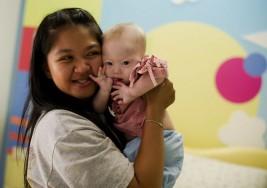 Tailandia prohibe los vientres de alquiler tras el abandono de un pequeño con Síndrome de Down