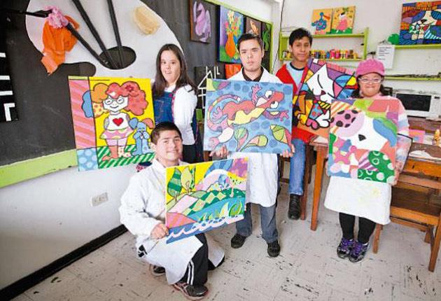 Recomendaciones Para Las Personas Que Van A Viajar A Eeuu: Jóvenes Artistas Con Síndrome De Down Piden Ayuda Para