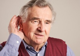 Diabetes e hipertensión mal cuidada provoca sordera