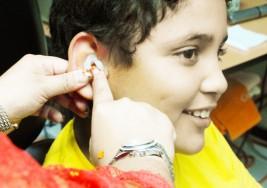 Suman esfuerzos contra la sordera