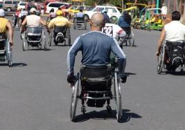 Demandan más atención pacientes con discapacidad