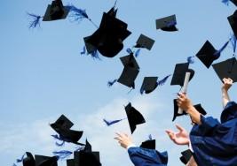 Dos chicas con síndrome de Down se graduaron en el nivel superior