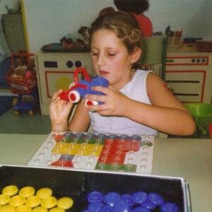 Empresa realiza campaña para regalar juegos didácticos a personas con autismo