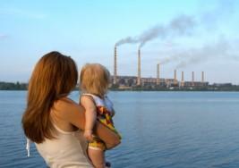 Científicos vinculan riesgo de autismo con cierta polución del aire