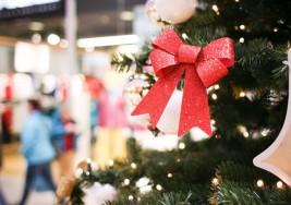 Llega Santa Claus con regalos para niños con autismo