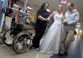 Una novia con parálisis motriz a pos un accidente determinada a caminar hacia el altar en el día de su matrimonio