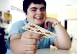 Cómo interactuar con personas con parálisis cerebral