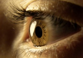 Condenan a prisión a un oftalmólogo por dejar ciegos a cuatro pacientes
