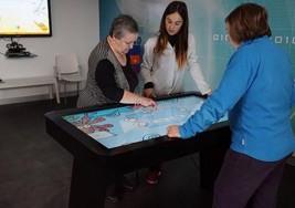 Una mesa interactiva ayuda a ejercitar la estimulación cognitiva en pacientes con Esclerosis Múltiple