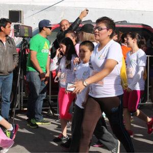 Corren mil atletas en beneficio de niños con parálisis cerebral y cáncer