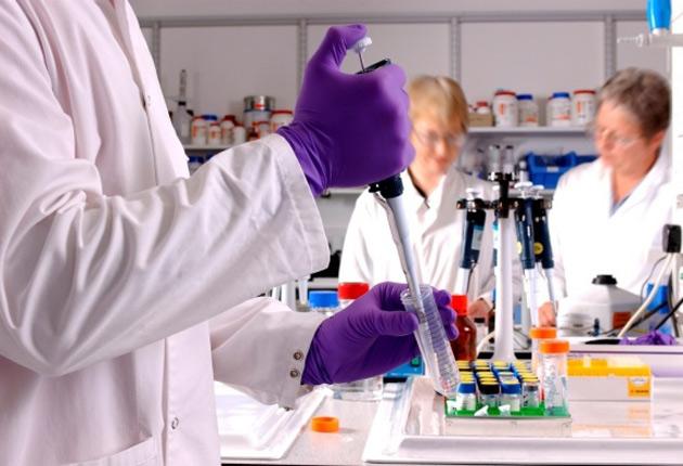 Fármaco evita tratamiento continuo al 70% de afectados de esclerosis múltiple