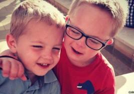 ¿Cómo ven los niños a otros con síndrome de Down?