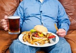 La obesidad puede alterar las estructuras cerebrales que regulan conducta y recompensa