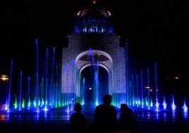 Iluminarán edificios de azul para celebrar el Día Mundial del Autismo