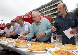 Concurso de tortillas a favor de la Asociación de Esclerosis Múltiple