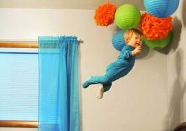 Niño con Síndrome de Down cumple su sueño y aprende a volar, gracias a su talentoso padre