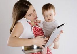 Día de la Madre: La mayoría de mujeres trabaja en la calle y también en su hogar
