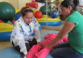 Darán cubanos terapias sobre parálisis cerebral