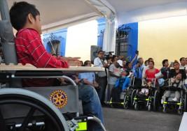 Club Rotary beneficia a 200 pacientes con parálisis cerebral