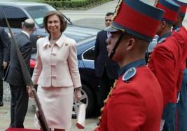 La Reina Sofía entrega los premios para artistas con síndrome de Down