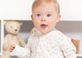 Una niña modelo con Síndrome de Down triunfa en las redes
