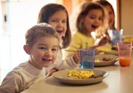 Implementan programa alimenticio para niños con autismo