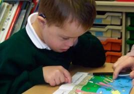 Niños con síndrome de Down, con capacidad de ser alfabetizados