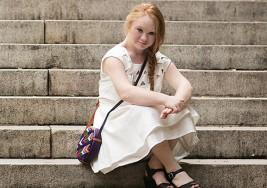EverMaya lanza colección en honor a la modelo con síndrome de Down Madeline Stuart